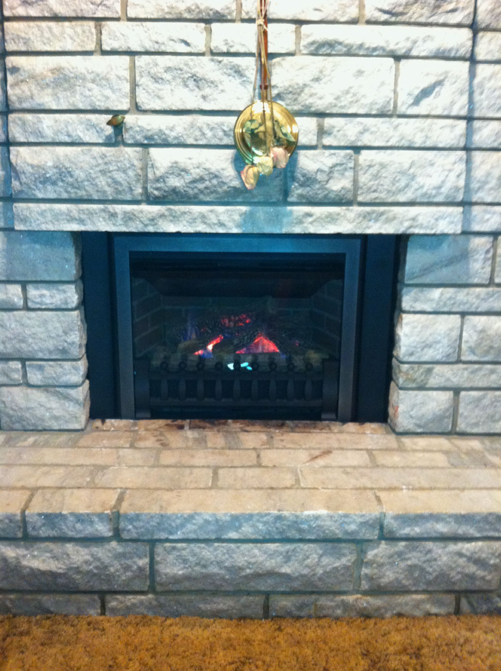 gas fireplace 33